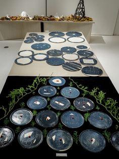 澄んだ空気に包まれた器は、陶芸作家・安藤雅信×デザイナー・皆川明の素敵なコラボレーション