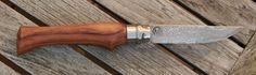 Opinel Modifikation aus Nussbaumholz und Klinge aus Damast mit Schneidlage aus 100cr6