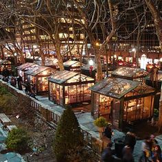 (We took in the Bryant Park Christmas Market on our November trip to NYC.slj) Located in midtown New York in the shadow of the Empire State Building. Best Christmas Markets, New York Christmas, Holiday Market, Xmas, Christmas Travel, Holiday Fun, Christmas Time, Restaurant Club, New York Noel