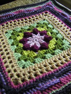 """Basket of Berries 12"""" Square by Melinda Miller  Free Pattern: http://www.ravelry.com/patterns/library/basket-of-berries---12-square/  June 2013 #TheCrochetLounge #12""""Square Pick #crochet"""