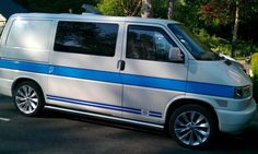 Volkswagen Transporter, Vw T5, T4 Camper, Van Car, Saab 900, Custom Paint Jobs, Campervan, Van Life, Cars