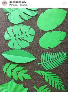 Deco Jungle, Jungle Party, Safari Party, Paper Flowers Craft, Giant Paper Flowers, Flower Crafts, Safari Theme Birthday, Paper Plants, Paper Leaves
