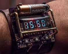Reloj de pulsera cyberpunk