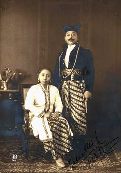 Old Pictures, Old Photos, Surakarta, Indonesian Art, Dutch East Indies, Javanese, Old Jewelry, Coloring, Old Things