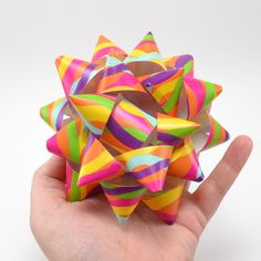 Did you know that you can make your very own DIY paper gift bows for super cheap?!? Make with scissors or a Silhouette!