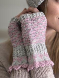 Neulotut Sydän-kämmekkäät Leg Warmers, Fingerless Gloves, Crafts, Fashion, Leg Warmers Outfit, Fingerless Mitts, Moda, Manualidades, Fashion Styles