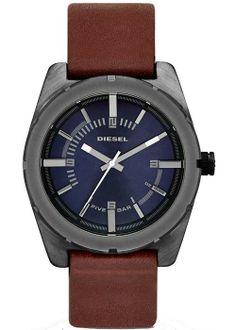Diesel'in bu saat modeli çok tercih edilen bir modeldir.