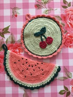 Potholders melon and cherry crochet