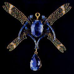 Rene Lalique dragonfly pendant ...#artnouveau #finejewelry #artisan #beauty #blues #oneofakind  #lalique