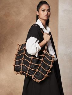 Designed entirely in Italian calf leather, this tote is perfect for everyday wear. It is structured, yet relaxed, with a nod to an artisanal aesthetic.
