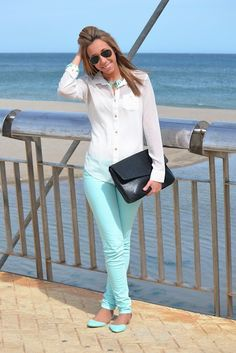 22 Ideas To Rock Mint Color At Work   Styleoholic