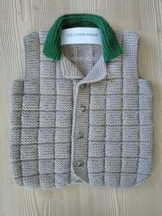 This Pin was discovered by Cem Knitted Baby Cardigan, Baby Pullover, Baby Knitting Patterns, Knitting Stitches, Baby Vest, Baby Boy, Boys Sweaters, Easy Knitting, Crochet For Kids