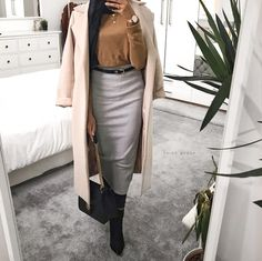 "84ad9d7f1c39 N A I M A. on Instagram: ""Casual. _ Coat | @missguided Skirt | @missguided  Boots | @newlook Jumper | @primark Bag | @annekleinofficial Belt | @primark"""