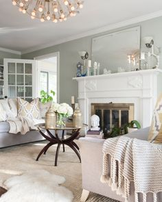 35 Neutral Living Room Decor Ideas - Home Decor & Design Cream Living Rooms, Living Room Green, Green Rooms, Cozy Living Rooms, Living Room Bedroom, Home And Living, Living Spaces, Cream Carpet Living Room, Sage Bedroom