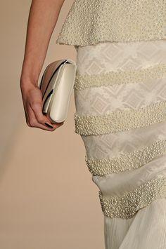 Detalhes // Acquastudio por Esther Bauman, SPFW, Verão 2014 RTW // Foto 41 // Desfiles // FFW Lace Skirt, Sequin Skirt, Sequins, Studio, Skirts, Fashion, Pictures, Spring, Moda