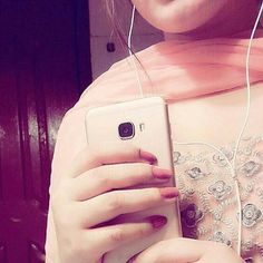 Now you are one of them to search girl dp Girls Dp Stylish, Smart Girls, Cute Girls, Fb Girls, Crazy Girls, Cute Girl Photo, Cool Girl, Western Girl Outfits, Girlz Dpz