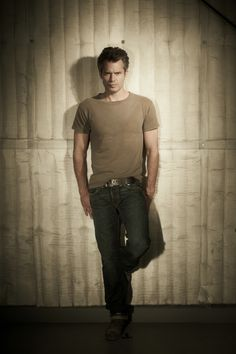 Between Deadwood and Justified, I am now a full-on Timothy Olyphant fan.