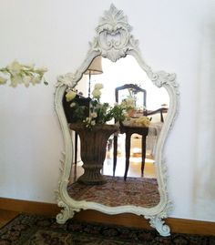 Shabby Chic Mania by Grazia Maiolino Shabby Chic Mirror, Through The Looking Glass, Booth Design, Chicano, Terrazzo, Stained Glass, Arts And Crafts, Mirrors, Mirror Mirror