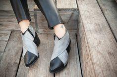 Black Leather Boots Womens shoes Black Leather by KatzAndBirds