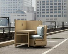 Mobile Living: Furniture Folds out Of Shipping Crates : TreeHugger