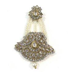 Jhumar, Decorative Bells, Jewels, Jewellery, Christmas Ornaments, My Favorite Things, Holiday Decor, Schmuck, Gemstones