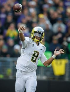 Oregon Ducks vs. Washington Huskies - Photos - October 12, 2013 - ESPN