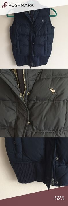 Abercrombie & Fitch navy puffer vest Abercrombie & Fitch navy blue puffer vest - zip closure & usable pockets - unable to locate where I stored the hood right now so selling without hood - perfect condition tho was never worn! Runs small for M Abercrombie & Fitch Jackets & Coats Puffers