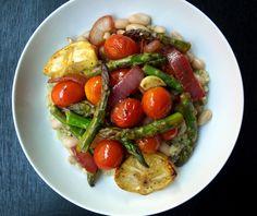 THE SIMPLE VEGANISTA: Skillet Asparagus & Tomato Medley