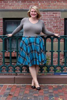Och aye the circle skirt - Cashmerette Summer Outfits For Moms, Plus Size Summer Outfit, Plus Size Outfits, Beautiful Girl Photo, Gorgeous Women, Curvy Women Fashion, Plus Size Fashion, Sexy Older Women, Sexy Women