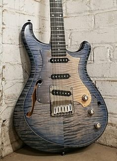 Become The Best Guitar Player Out There! Guitar Tabs, Music Guitar, Cool Guitar, Ukulele, Guitar Room, Best Guitar Players, Best Player, Fender Stratocaster, Electric Guitars