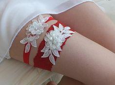 wedding garter,ivory  and red lace bridal garter