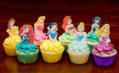 68 Ideas For Baby Girl Birthday Cupcakes Disney Princess Disney Princess Cupcakes, Princess Cupcake Toppers, Cupcake Toppers Free, Princess Theme Party, Disney Princess Birthday, Princess Cakes, Fondant Cupcakes, Cute Cupcakes, Cupcake Cakes