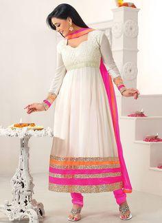 Lovely Shweta Tiwari Off White Chriidar Suit