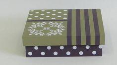 Caixa em MDF, pintada e decorada nas cores roxa e bege.  As peças podem ser usadas para guardar bijus, ou pequenos objetos. R$ 30,00