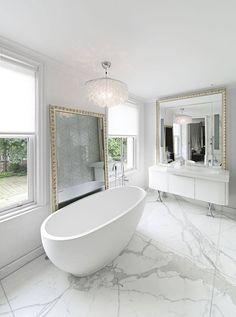 Gorgeous bathroom interior design