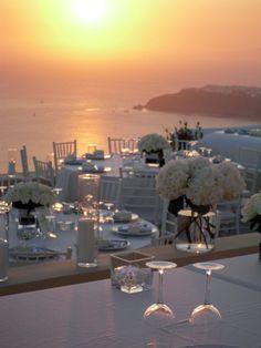 Wedding Venues A seaside wedding in Santorini Mykonos, Santorini Hotels, Santorini Wedding, Greece Wedding, Italy Wedding, Santorini Greece, Wedding Set Up, Sunset Wedding, Seaside Wedding