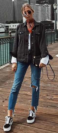 street style addict / denim jacket + bag + top + ripped jeans + sneakers