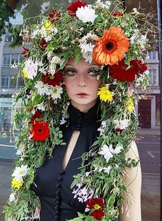 Sloane in bloom for Chelsea Fringe and RHS Chelsea Flower Show #AthenaeumUrbanGardenCompetition