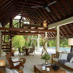 Love an outdoor space like this, especially that overhead loft.