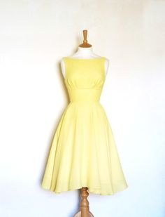 Lemon Crepe Dress | 29 Bright Yellow Dresses To Help You Channel Kate Middleton