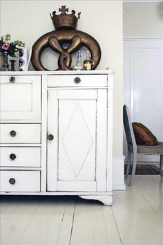 Swedish.  My kitchen cabinets will be like this
