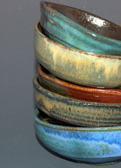 Fabulous Five Set of Bowls por PrimitivePots en Etsy