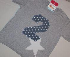 """T-Shirts - Geburtstagsshirt """"2 + Stern"""" in graumeliert - ein Designerstück von TiLisPinnaupiraten bei DaWanda"""