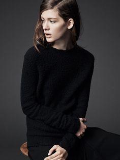 Theory Jaidyn Veiling Boucle Sweater