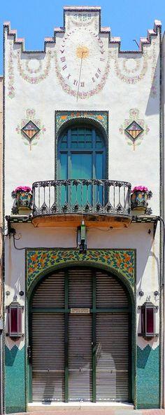 Confiteria Vidua Carné  1908  Architect: Joaquim Vancells i Vieta