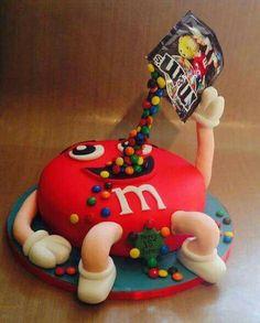 Die 16 Besten Bilder Von M M Torte Fondant Cakes Amazing Cakes