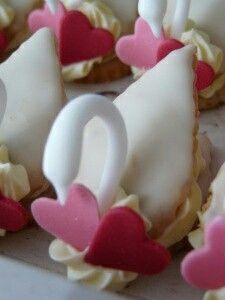 Afternoon Tea, Food Inspiration, Fondant, Biscuits, Cheesecake, Sugar, Cookies, Crafts, Wedding