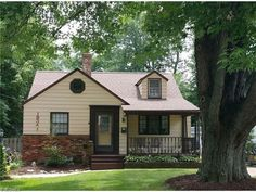 19341 Story Rd, Rocky River, OH 44116