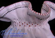 Оформлення низу рукава вишитої сорочки: брижі з бісером - Майстер-клас - Вишиванка Renaissance Clothing, Folk Fashion, Draped Fabric, Fabric Manipulation, Master Class, Pattern Fashion, Smocking, Hand Sewing, Needlework