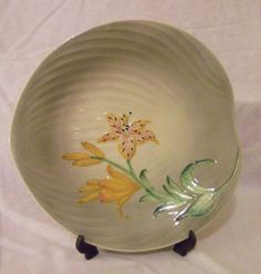 Shorter & Sons Handpainted Leaf Shaped Raised Relief Plate